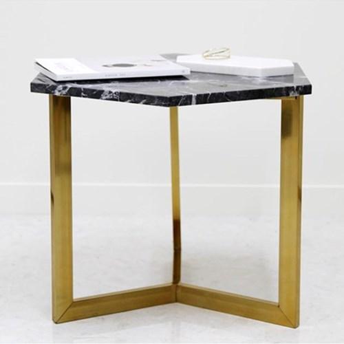 아르마블 그라지오 까르니꼬 육각 대리석 테이블