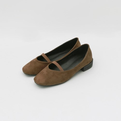 Soft banding round loafer