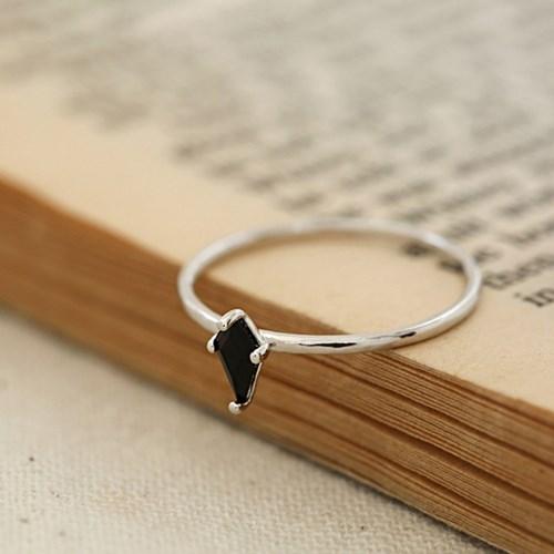 블랙 큐빅 반지