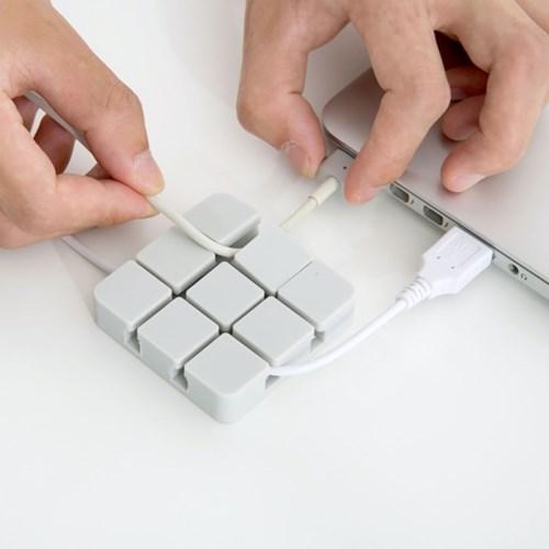 3x3 큐브 케이블 정리 홀더