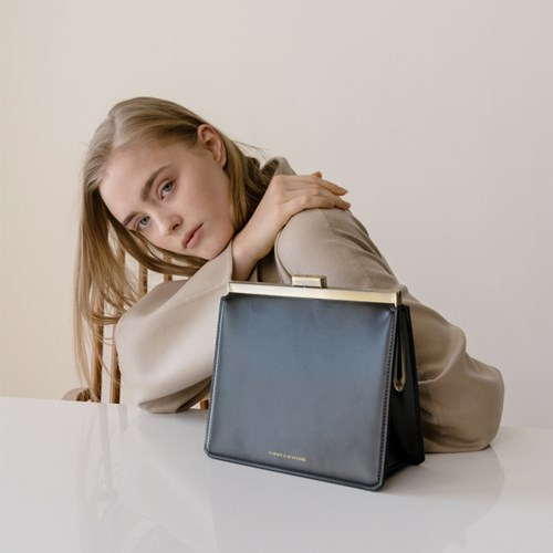 [Tammy & Benjamin]Jeanne clutch bag/잔느 클러치백