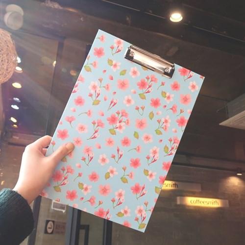 부리 하늘벚꽃 A4 클립보드