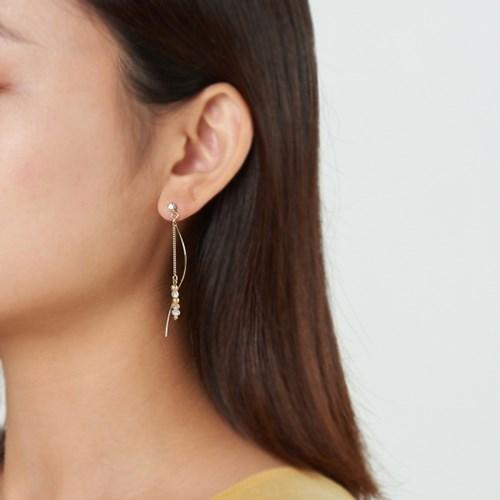 골드 웨이브 라인 귀걸이