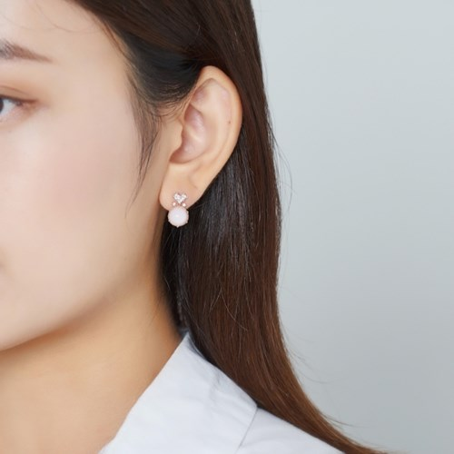 큐빅 하트 원 귀걸이