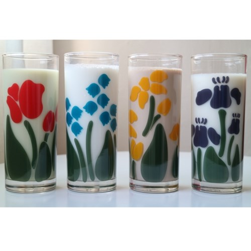 Bee flower glass cup