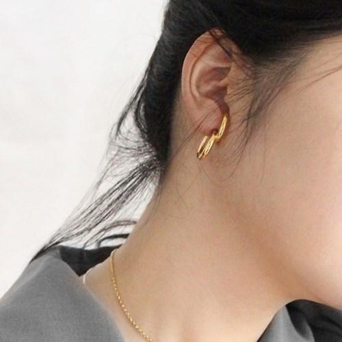 Solo earring