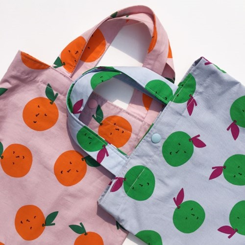Apple walk bag ver.3  (방수 보조가방)