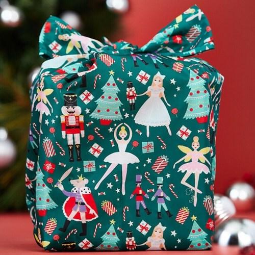 [울스터위버스]  장바구니 - 크리스마스 호두까기 인형