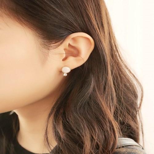 살롱 드 라템 트윙클 서클 귀걸이_화이트(AGIS9C13TBJE)