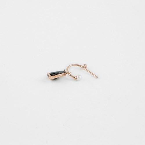 [쥬디앤폴] 리베 블랙 드롭 귀걸이 E51205