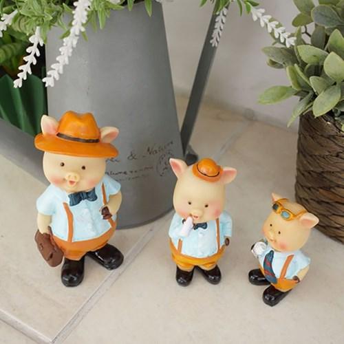 멜빵 돼지 3형제