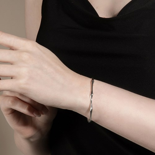 (에이핑크 남주,강한나,유다솜,윤소이착용) Wave Bracelet