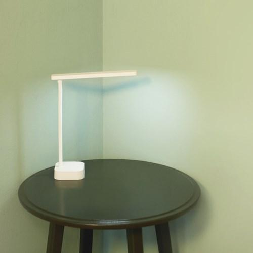 간소 충전식 무선 LED 스탠드