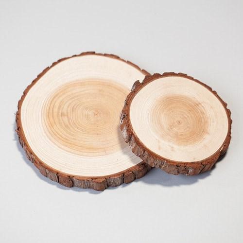 원형 나무 받침