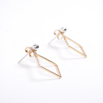 square clutch silver ball earring