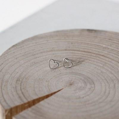 [위시주얼리] Pure heart earring (실버 하트 귀걸이)