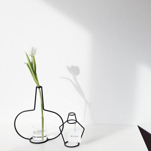NUDE VASE ( H145 ) + GLASS VASE