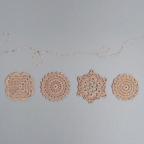 골드라벨 컵받침 - 손뜨개 KIT (초보 연습용 추천)