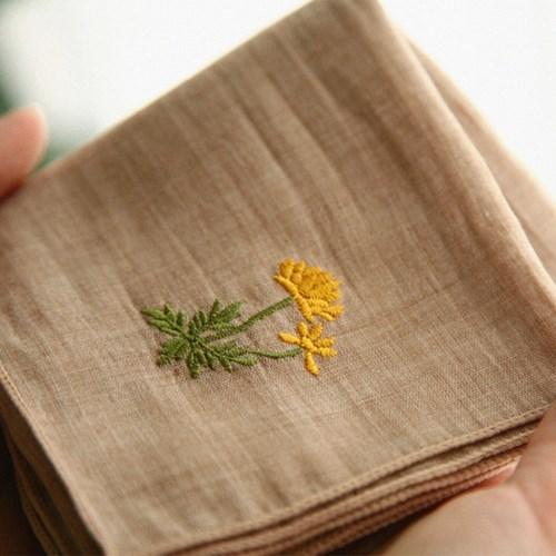 가을꽃 자수손수건 AUTUMN FLOWER HANKIE