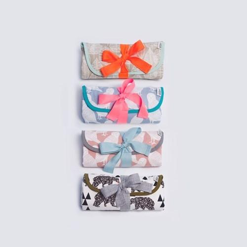 [율그란] 오가닉 휴대용 기저귀매트 베어 아이보리