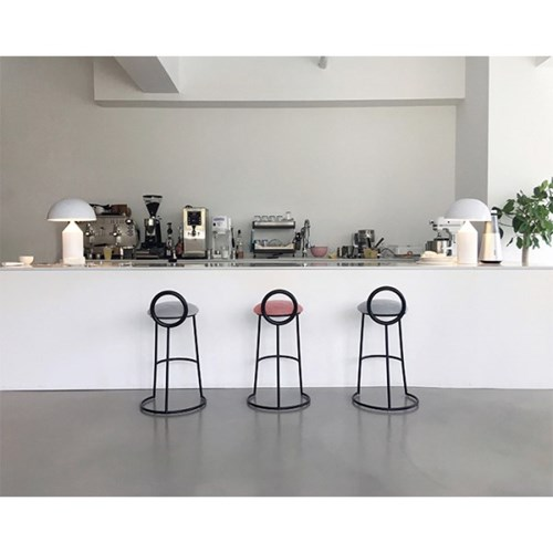 Hoop Bar Stool _ Light gray (Matt black frame)