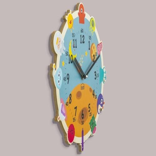 [BEZIT] 원더타임시리즈 귀여운 우주 친구 무소음 벽시계