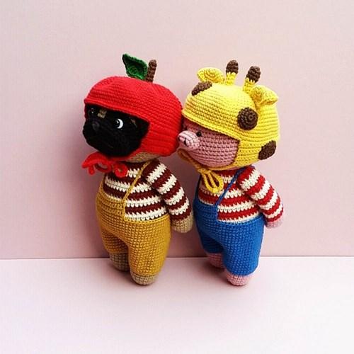 [손뜨개 DIY]손뜨개인형-우리는친구-사과모자퍼그,기린모자돼지