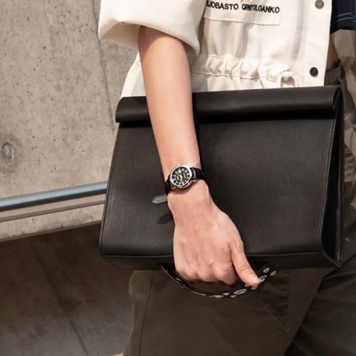 CASIO 카시오 여성시계 가죽밴드 시그니처 블랙
