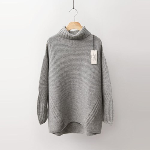 Laine Cashmere Wool Turtleneck Sweater