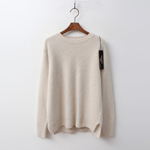 Raccoon Fox N Wool Round Sweater
