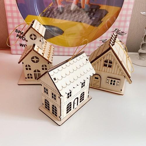 Wood House Lamp Onarment 나무집램프 오너먼트