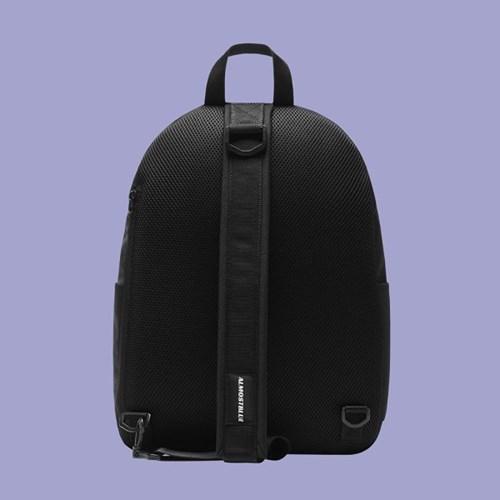 STANDARD SLING BAG
