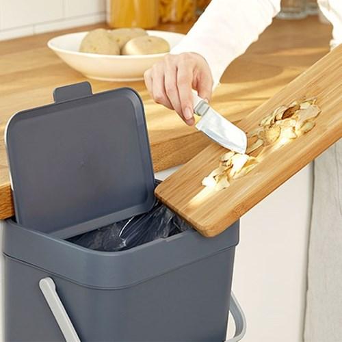 가정용 싱크대 도어 걸이형 음식물 쓰레기통 4L