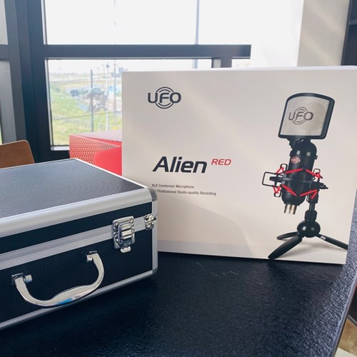 인프라소닉 UFO 에일리언 레드 Alien RED XLR 방송용 콘덴서 마이크
