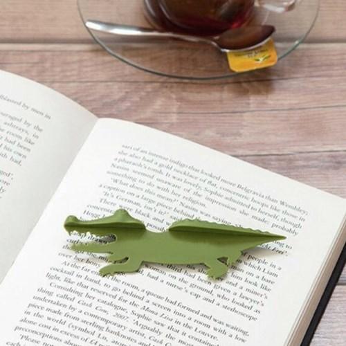 책이랑 악어 책갈피