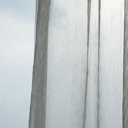 화이트 줄무늬 속커튼