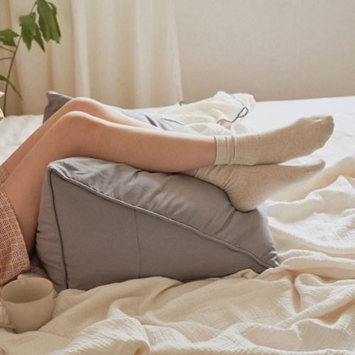 [유즈] 삼각 등쿠션 소형 9컬러 등받이 침대헤드쿠션