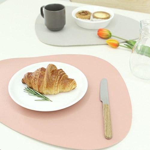 논슬립 인조가죽 테이블 식탁 매트 3개