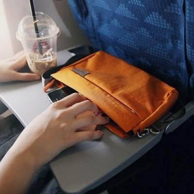 트래블러스_고고백_포 워킹 v.2 _ 가벼운 외출에 좋은 여행보조가방