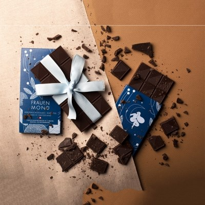 프라운문트 스위스에서 온 여성을 위한 초콜릿