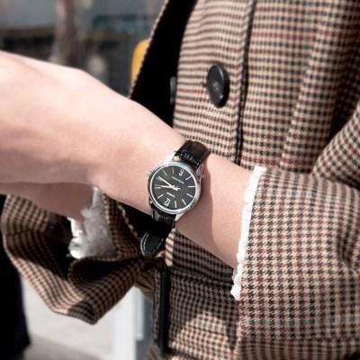 CASIO 카시오 여성시계 가죽밴드 라운드 넘버 블랙
