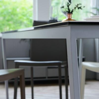 루나 화이트 이태리 세라믹 4인용 식탁 1200 (리퍼브)
