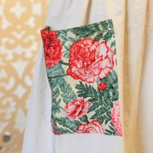 엄마사람 카네이션 방수 앞치마(Carnation Waterproof Apron)