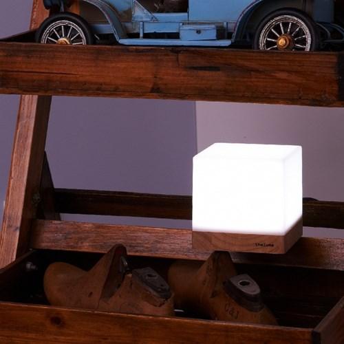 데네브 LED 램프