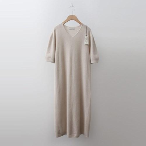 Hoega Wool Cashmere V-Neck Long Dress