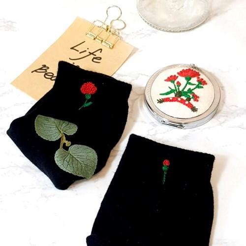 어버이날 카네이션 선물 여자 양말 프랑스자수 패키지 도안 DIY 세트