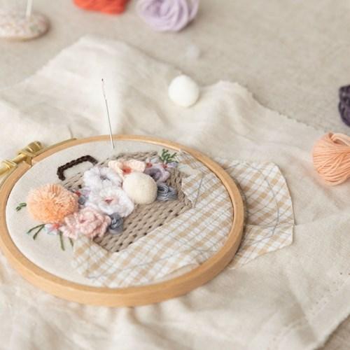 hobbyful 꽃 소풍 프랑스자수 클래스