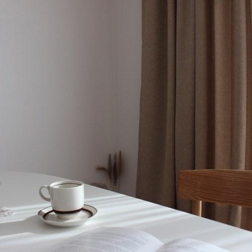 주조밍 내추럴톤 호텔 닮은 베이지 암막커튼