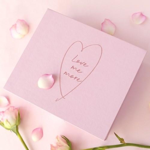 [텐바이텐 단독] Love me more 한달 기프트 박스 [2종 택1]