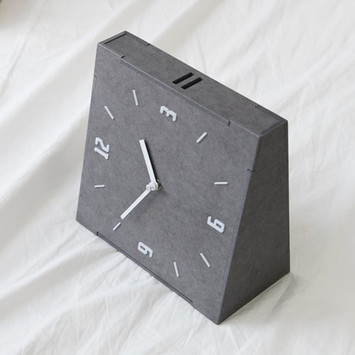 심플하고 모던한 스타일의 그레이 우드 양면 무소음 벽시계